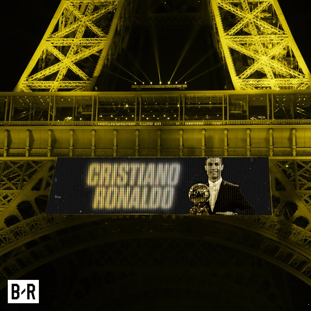 Cristiano Ronaldo will reportedly receive the Ballon d'Or atop the Eiffel Tower, according to reports in Spain. 🏆