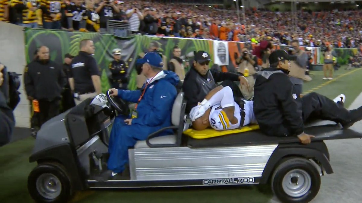 Nothing but prayers for Ryan Shazier  #MNF