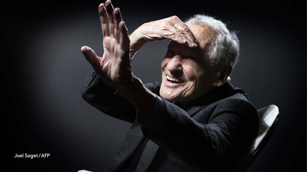 L'écrivain Jean d'Ormesson est mort dans la nuit de lundi à mardi à l'âge de 92 ans, annonce sa famille