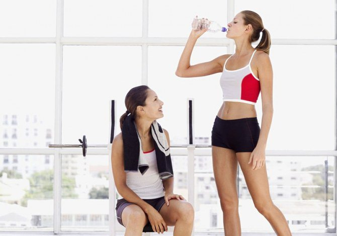 Easy Fitness Tips 1-Take Preventative Measures 2-Gear Up 3-Stay Hydrated 4-Don't Overdo It #WeightLoss #Exercise #HealthandFitness #Nutrition #Yoga #BuildMuscle #Beauty #Diets #fitnessquotes #fitquotes  #fitness  #bodybuilding  #motivation #positive #hustle #grind #workout<br>http://pic.twitter.com/UFfNEUtNM2