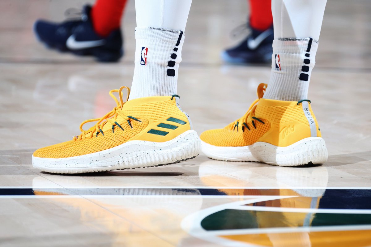 c45aef4365c856 adidas dame 4 yellow  b r kicks on twitter a closer look at spidadmitchell  in the adidas dame 4 tonight takenoteu2026