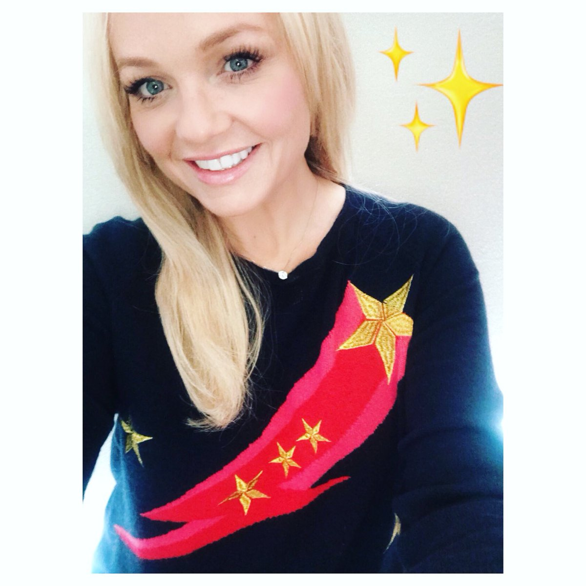 When you wish upon a star!!!! ✨✨ #12daysofchristmasjumpers