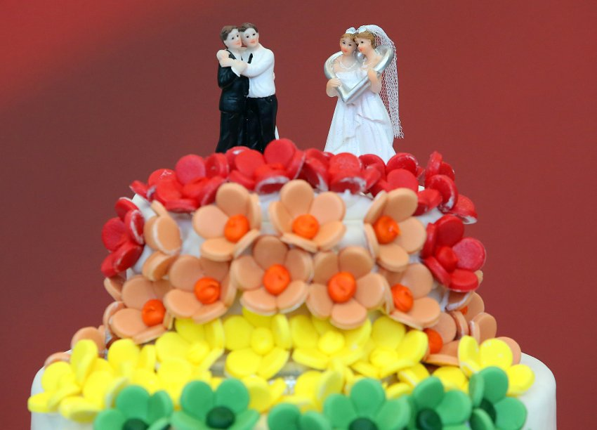 Verfassungsgerichtshof: Österreich legalisiert Ehe für alle https://t.co/pjJItwcxzR