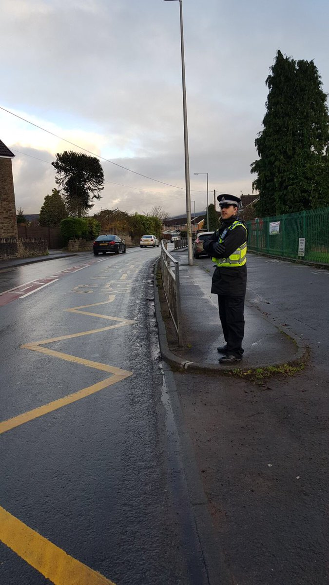 PCSO Jones has conducted high visibility patrols ar Catwg primary school to deter any illegal parking during pick up time. Appropriate advice given to two drivers @NPTRoadSafety1 @CatwgPrimary #aj #parksafeparklegal<br>http://pic.twitter.com/7G8XoYTOXr