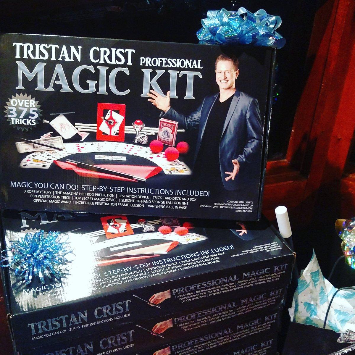 """Lake Geneva Magic on Twitter: """"Give the gift of MAGIC this year! @lakegenevamagi… """""""