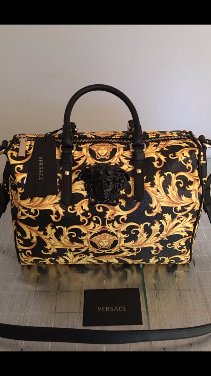 My purchase at the @Versace VIP pre sale night held at LeParc in Thornhill. This fabulous sale is being run by the @samplesaleguys My handbag was 70%off! #Versace #samplesaleguys<br>http://pic.twitter.com/127r4W0Ake