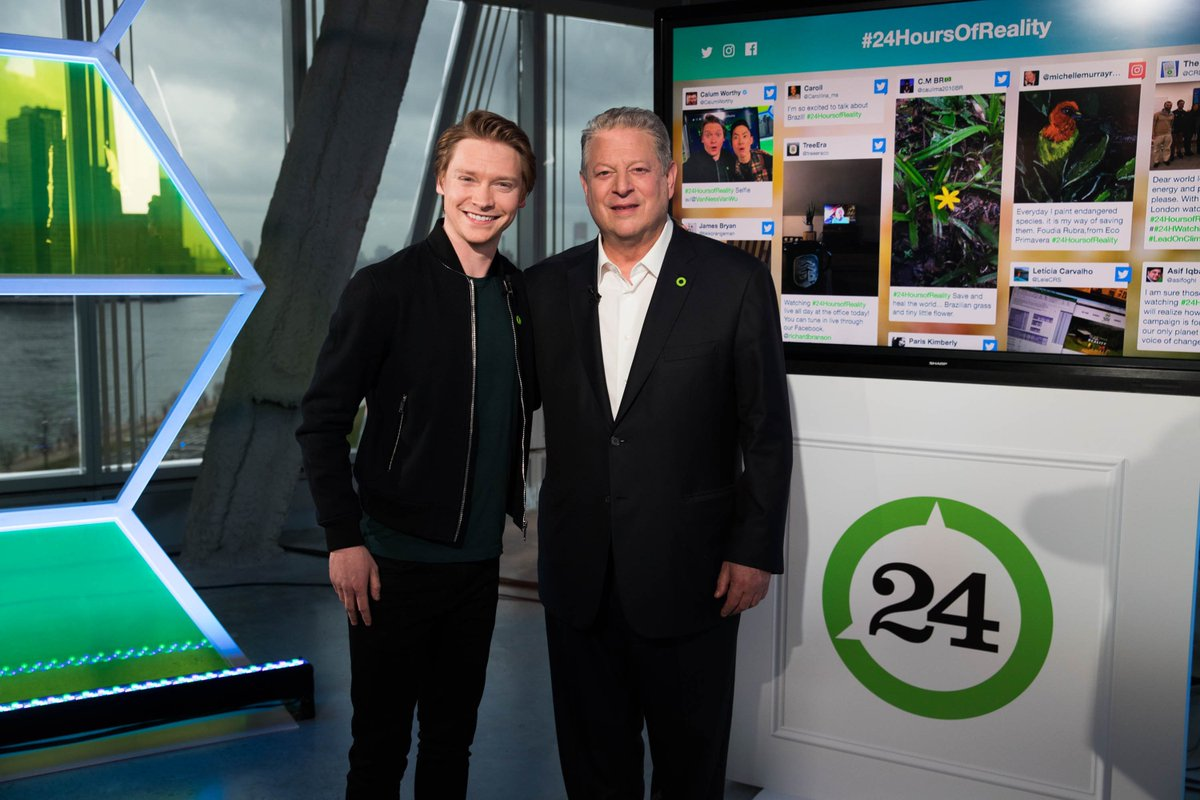 Always great to have the one and only @CalumWorthy in the building for #24HoursofReality! 24hoursofreality.org