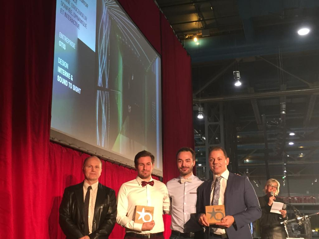 people talking in elevator. we are proud to have been awarded with the star of l\u0027observeur du design for innovation around our otis sonic elevator experience. people talking in