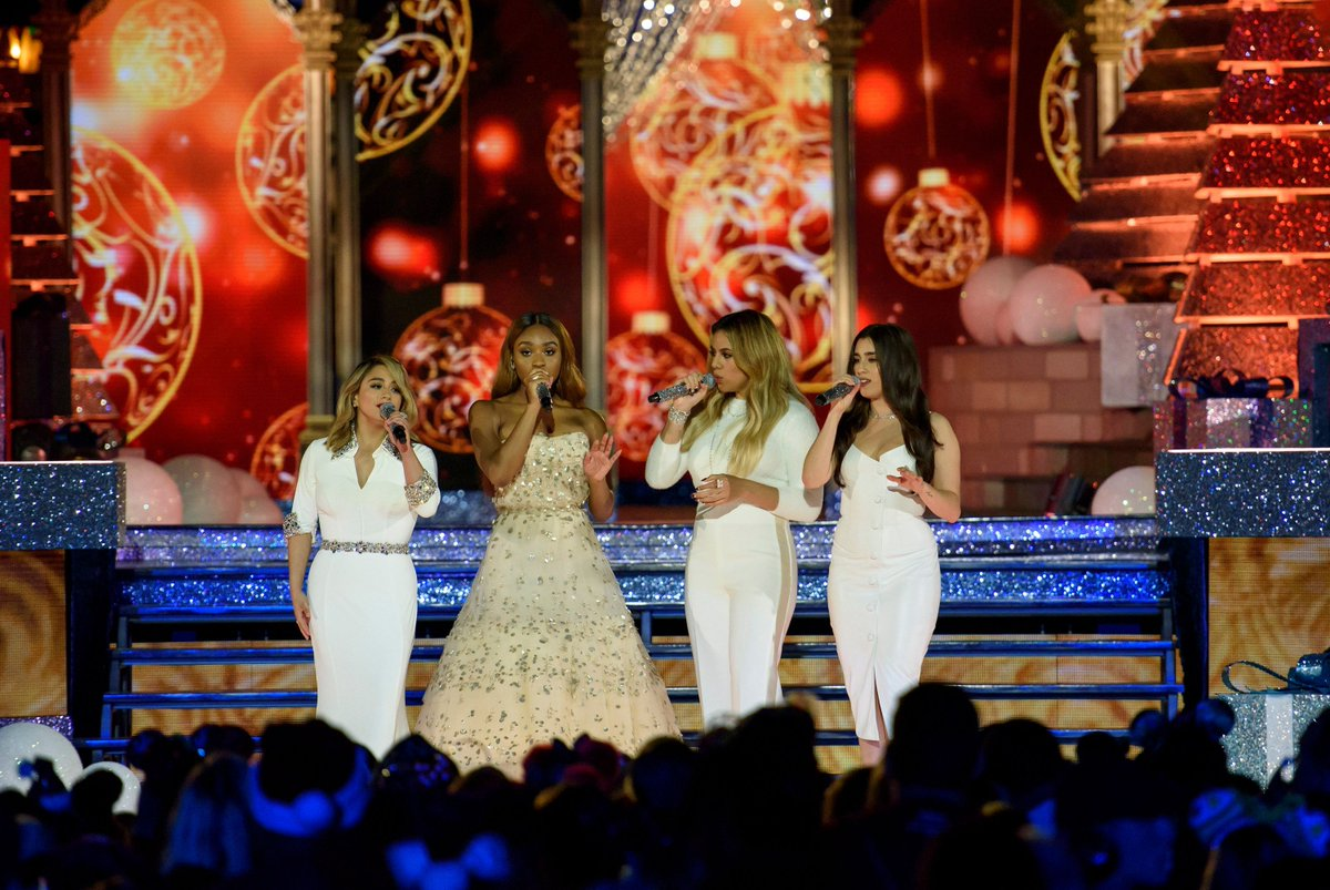 .@FifthHarmony Looked like Actual Snow Angels on ABC's Holiday Special https://t.co/cjzumP08qx #Harmonizers #5H
