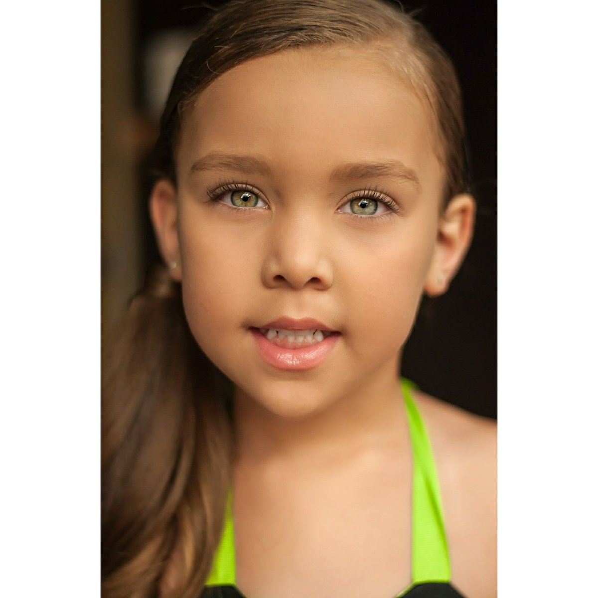 She amazes me with each Photo shoot. http://Www.instagram.com/kaedence_marie  #mixedkids #perfectlyblended #childmodel #mixedgirl #beautifulfacekids #signme #modelkid #beautifuleyes #scoutme #naturalbeauty #kidmodel #ig_kids #naturallyperfectkids #oklahomakid #oklahomamodel #prettyeyes #greeneyespic.twitter.com/AVvi1Y6t8Z