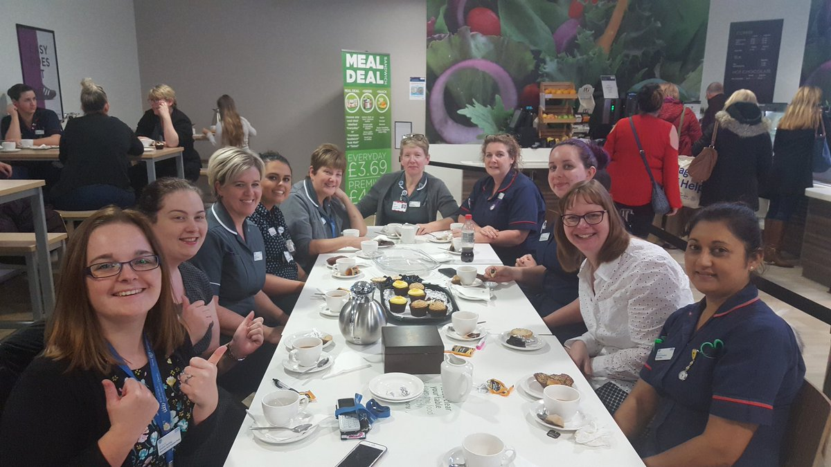 Great afternoon tea with the Chief Nurse @HalfordKathryn for our contribution to the nurse recruitment day!   Thank you for having us, particularly from #TeamAcuteMed and #TeamWomenAndChildHealth !   #Recognition #Valued #RecruitmentDay #FreeMug @BHR_hospitals<br>http://pic.twitter.com/vBYHP7E0jo