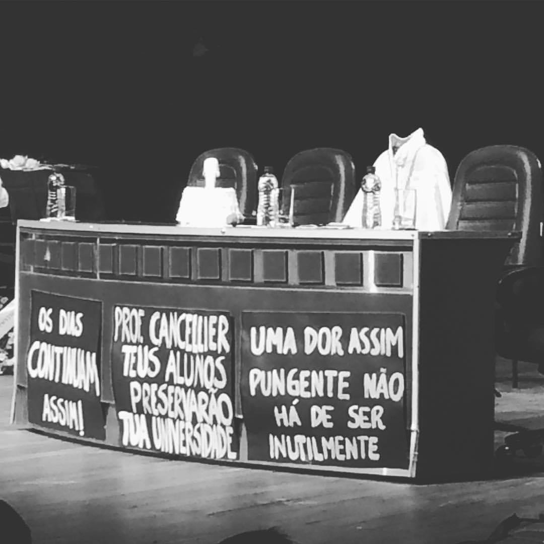 Invasão da UFMG foi retaliação à evento da morte do reitor da UFSC, por Luis Nassif https://t.co/knt7qsvJPd