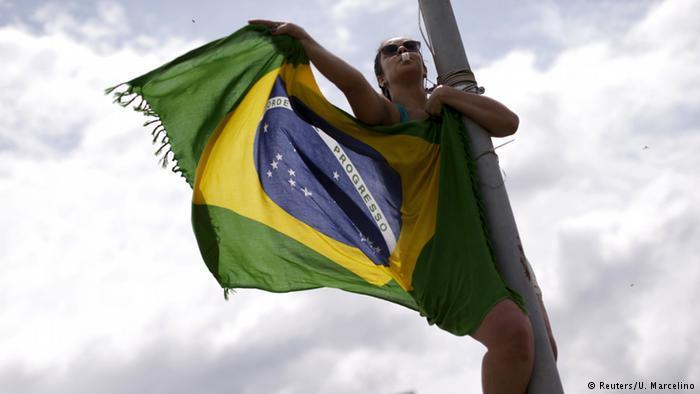 Quantas garotas de 15 a 19 anos engravidam no Brasil? A cada cem brasileiros, quantos têm smartphone? Brasil é 2º país com pior noção da própria realidade, diz pesquisa https://t.co/S1QKVbyqY3