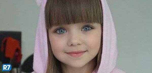 Russa de seis anos é considerada a criança mais linda do mundo https://t.co/mJ48KUgsoC
