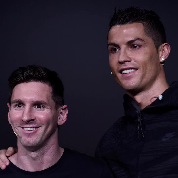 ¿Quién ganará el #BallondOr 2017?   🔁 Cristiano (RT) ❤️ Messi (Me Gusta)