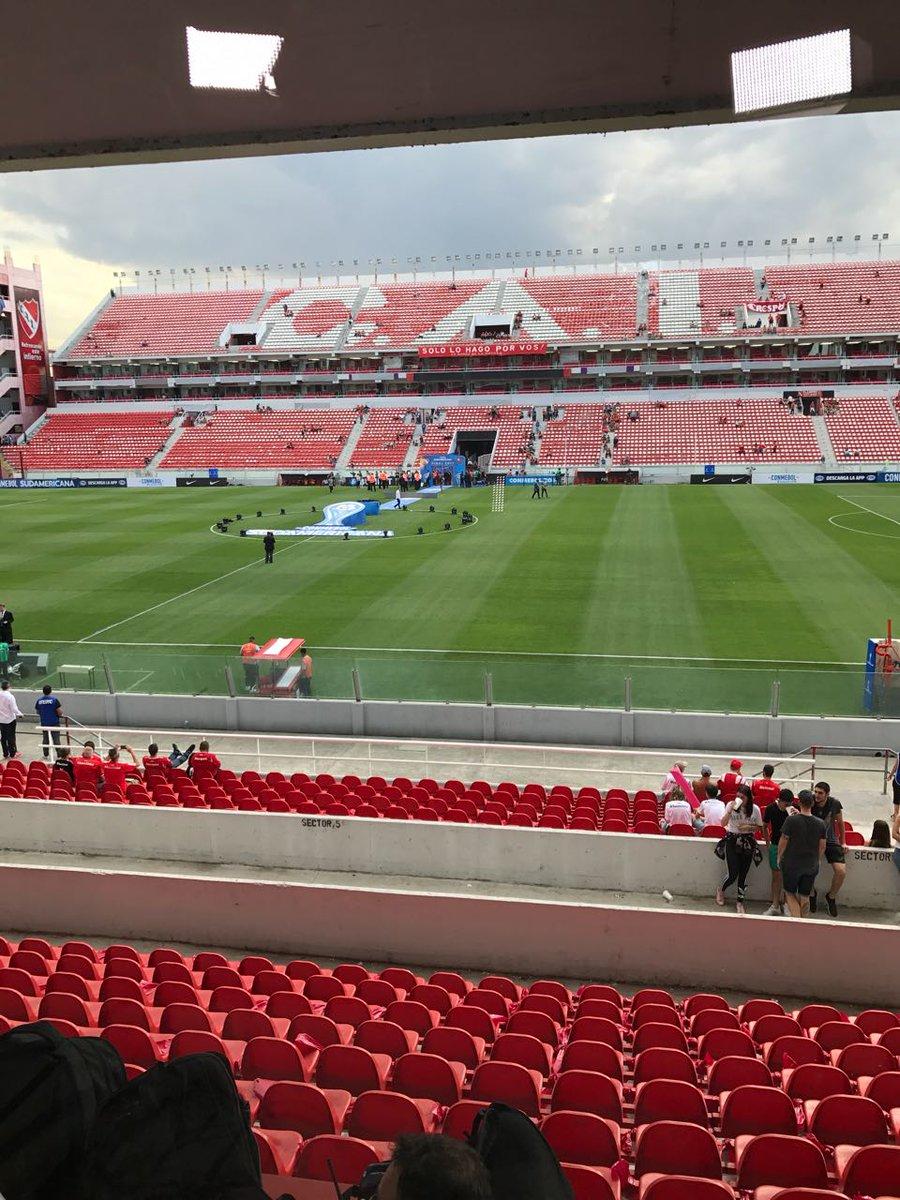 Foto do estádio em Avellaneda no pre jog...