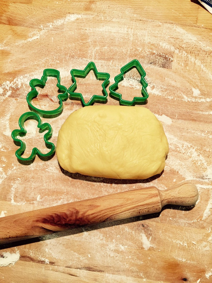 Giallo Zafferano Biscotti Di Natale.Stefania Manzetti On Twitter Frolla Per I Biscotti Di Natale