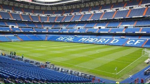 RT @Marcos_Llorente: 70 años. La casa de todos los madridistas. ¡Felicidades! #Bernabéu #HalaMadrid https://t.co/4qFA42k6Ov