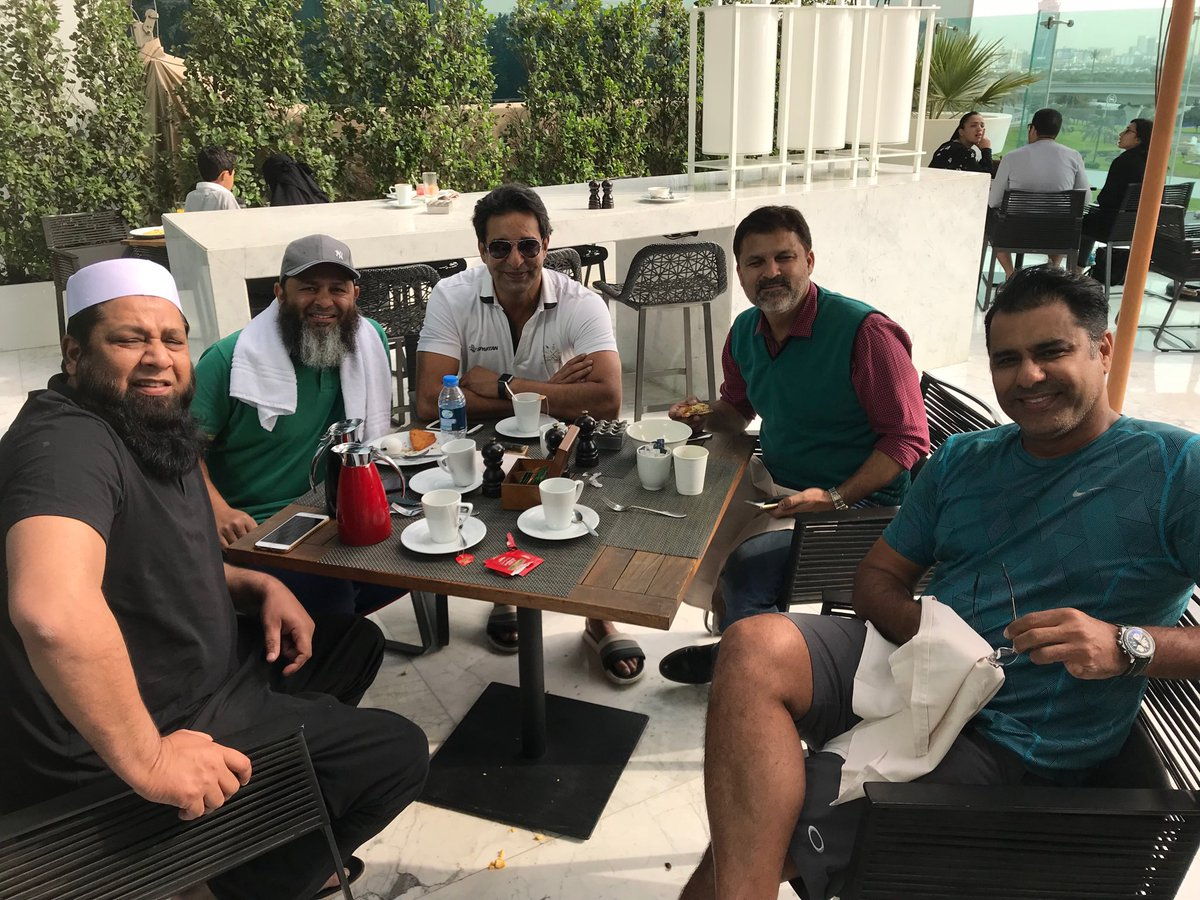 It was really amazing to see my old team mates buddies and Pakistan's 🇵🇰 cricketing greats @waqyounis99 Inzi, Moin and @Mushy_online # memories-forever#goodolddays