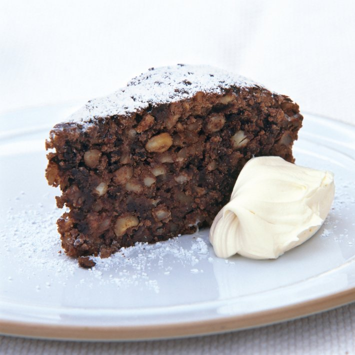 Thursday's #recipeoftheday is taken from Delia's Happy Christmas - Anna Del Conte's Italian Chocolate Nut Christmas Cake https://t.co/pyRyw7NNcH #christmasrecipes #chocolate #christmascake #annadelconte