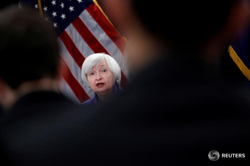 As it raises interest rates, Fed keeps rate outlook unchanged and predicts Trump's tax cuts will have no lasting impact https://t.co/CsvKNkkulZ