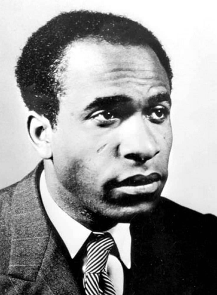 frantz fanon 135 quotes from frantz fanon فرانز فانون: 'sometimes people hold a core belief that is very strong when they are presented with evidence that works against.