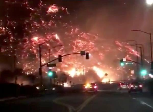 米ロサンゼルス、山火事多発で非常事態宣言 メディア王マードック氏住宅も被害 10万人以上避難 san…