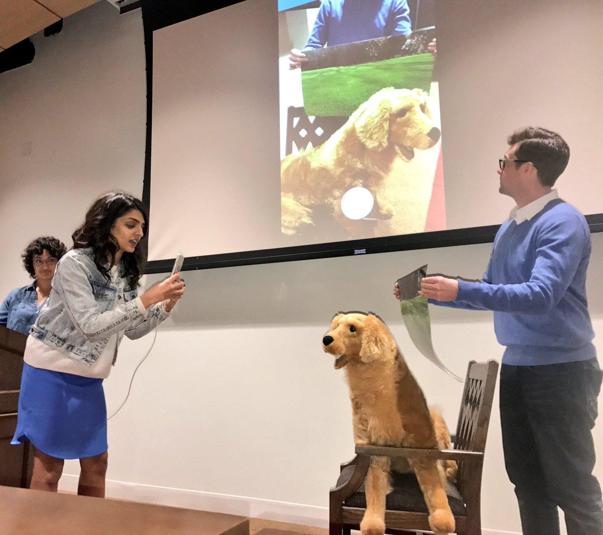 Digital LA - USC Annenberg demo day features social media startups