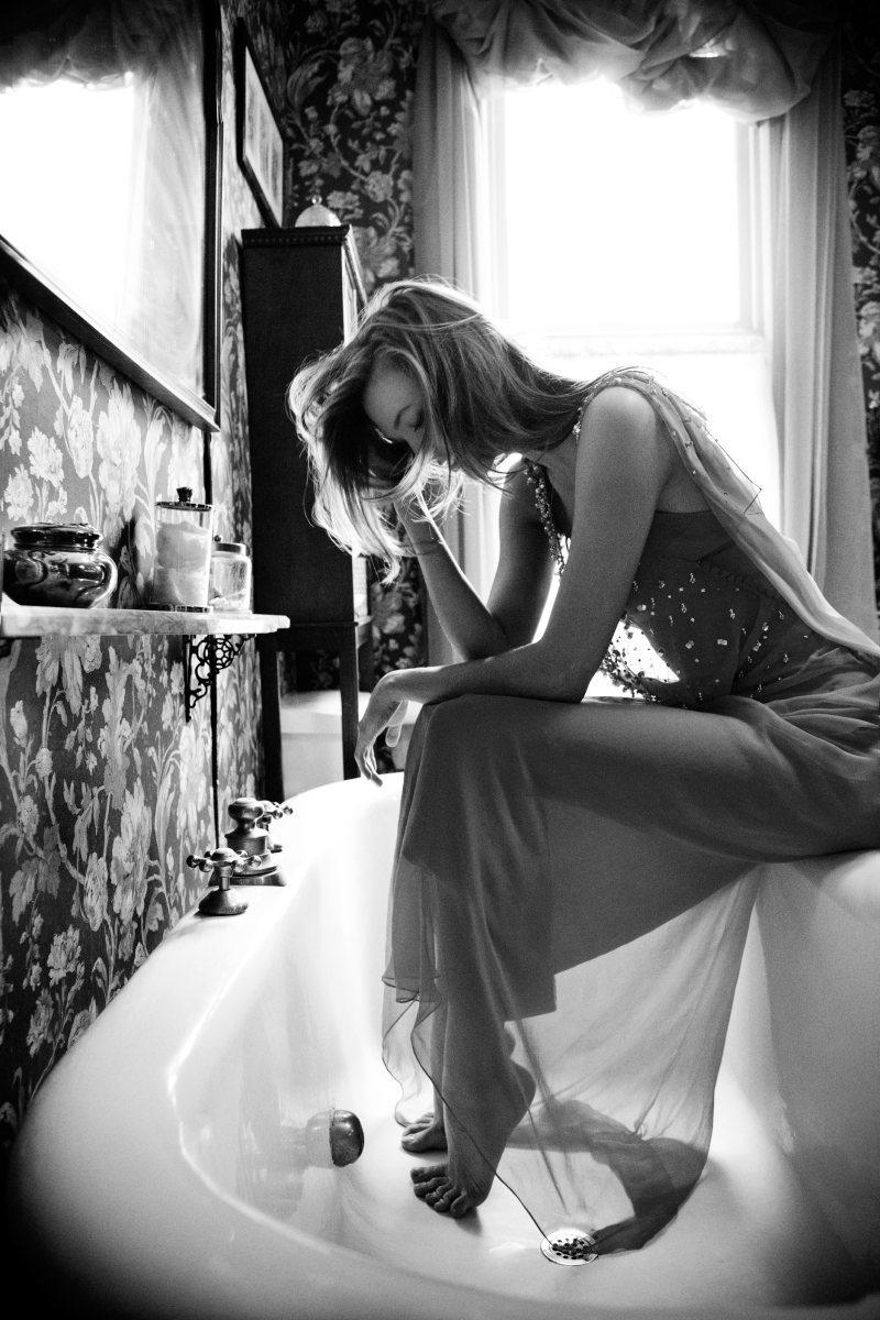 Taşıdığın sevda yükü,ettiğin hamallığa d...