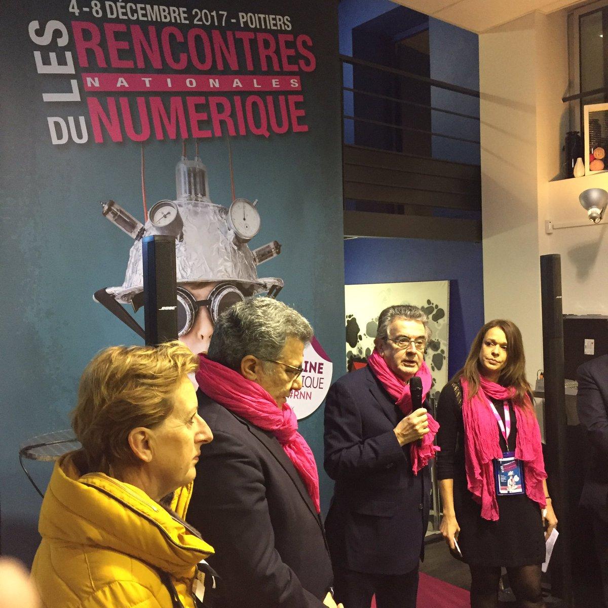 Discours d&#39;inauguration des #RNN2017. @reseauSPN @Grand_Poitiers @NvelleAquitaine @GroupeLaPoste<br>http://pic.twitter.com/PA8KrCE4Mn