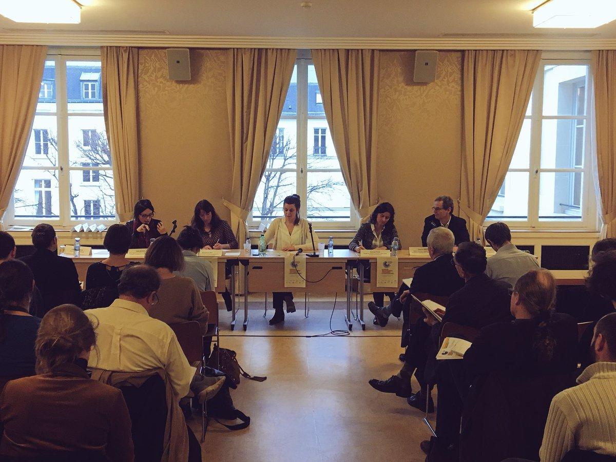 . @Celia_Blauel annonce la création d'un opérateur énergétique territorial au travers de son #PlanClimat au colloque #EnergieCitoyenne pic.twitter.com/pTvuttvJsi