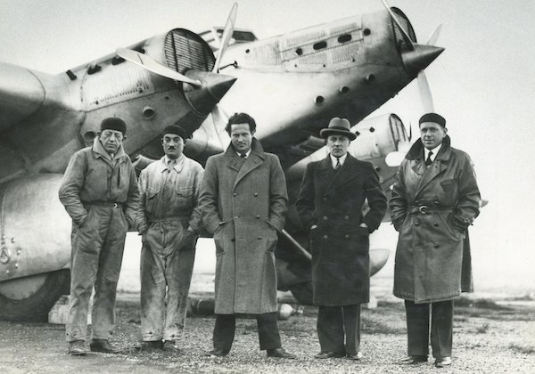 """Laurent Albaret on Twitter: """"[#avgeek] Le lundi 7 décembre 1936,  l'hydravion #Latécoère 300 « Croix du Sud » se perd dans l'Atlantique, avec  son équipage mené par Jean #Mermoz. Retour sur le"""