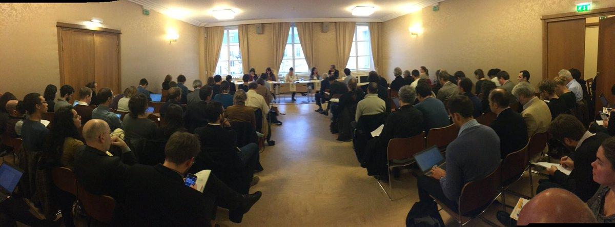 Salle comble au colloque #EnergieCitoyenne pic.twitter.com/uCorO7T572