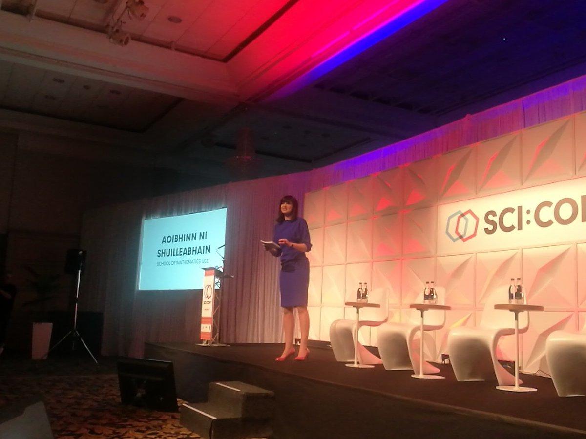 @scicomie #SciCom17 The fantastic @aoibh...