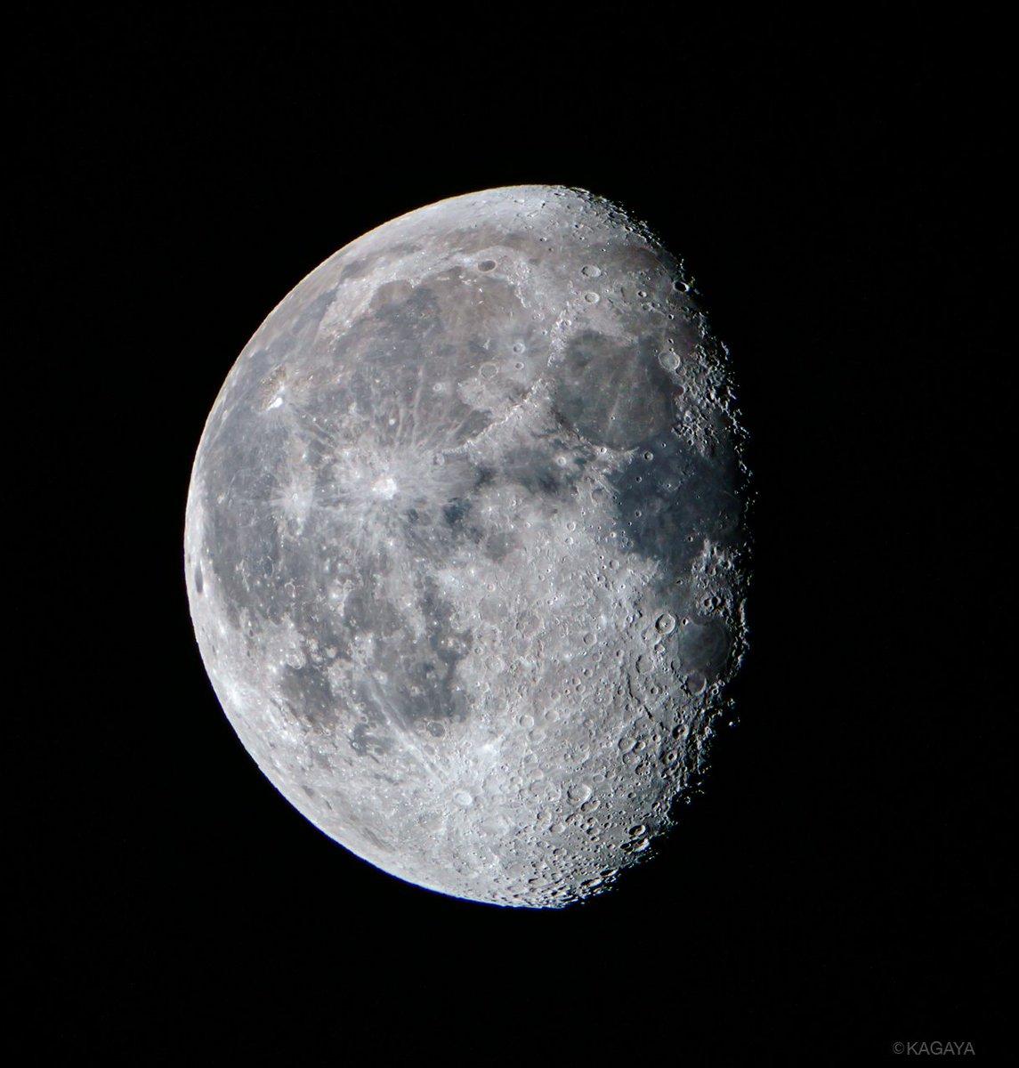 空をご覧ください。 東に更待月(ふけまちづき)が昇りました。夜ふけに昇るのでこの名があります。(写真…