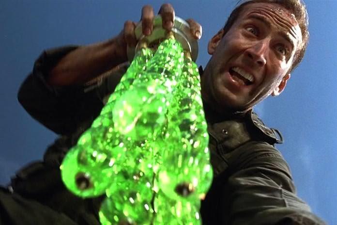 ダ◯ソーさん…聞こえますか…この…クリスマス飾りの…緑を出すのです… ミリオタが…「ザ・ロック」ごっ…