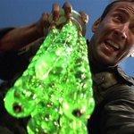 ダ◯ソーさん…聞こえますか…この…クリスマス飾りの…緑を出すのです…ミリオタが…「ザ・ロック」ごっこ…