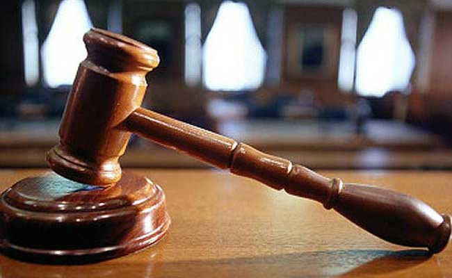 Delhi High Court issues notice to Rajya Sabha MP Subhash Chandra on plaint against Arvind Kejriwal https://t.co/rJ1NCj6pJJ