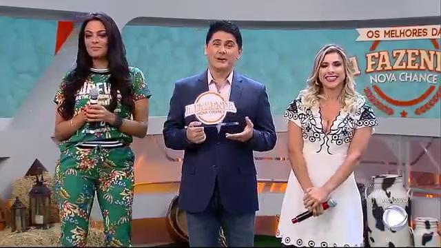 #HojeEmDia1 (Mona) ou #HojeEmDia2 (Ana): quem é a dona das melhores pérolas da @fazendarecord? #HojeEmDia https://t.co/6lENPbpa3x