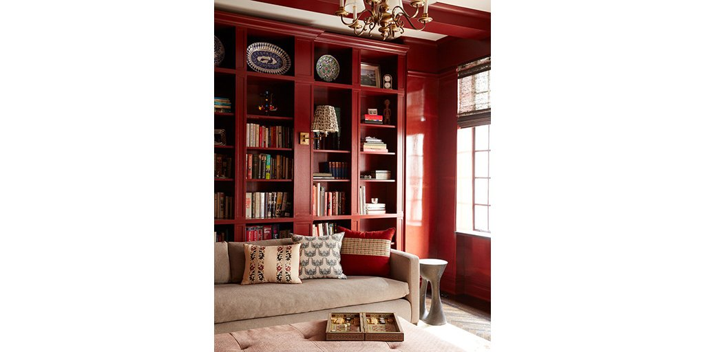 Benjamin Moore On Twitter Rich Colors Like Cottage Red Hc 184 Create A Gorgeous Backdrop In Your Home Via Decist Https T Co Eaei4fp0ad