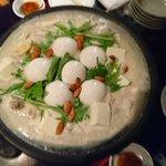 この前行ってきました〜とても美味しかったアーモンドミルク鍋!🌼締めの雑炊も最高やった〜(*´▽`*)…