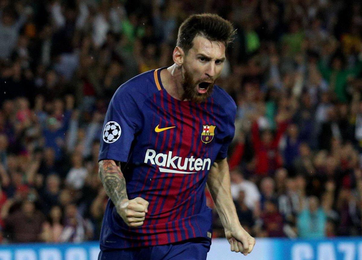 Who's your #BallondOr winner? RT Messi LIKE Ronaldo