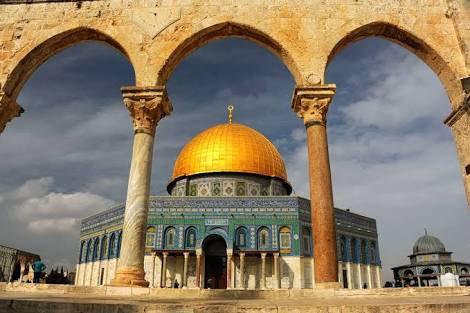 RT @kadikoygenclik_: Kudüs hepimizin kırmızı çizgisidir.. #KuduseSahipÇık #FreeKudus #Filistin #FreePalestine https://t.co/3sjgng7Or5