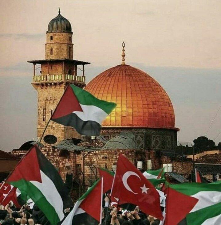 RT @SeVgi__AKsOY__: Bu Ümmet Kudüs ile düştü; Yine Kudüs ile  kalkacak inşaAllah... #KudüseSahipÇık  #LastWarQuds https://t.co/HOXftsyzpJ