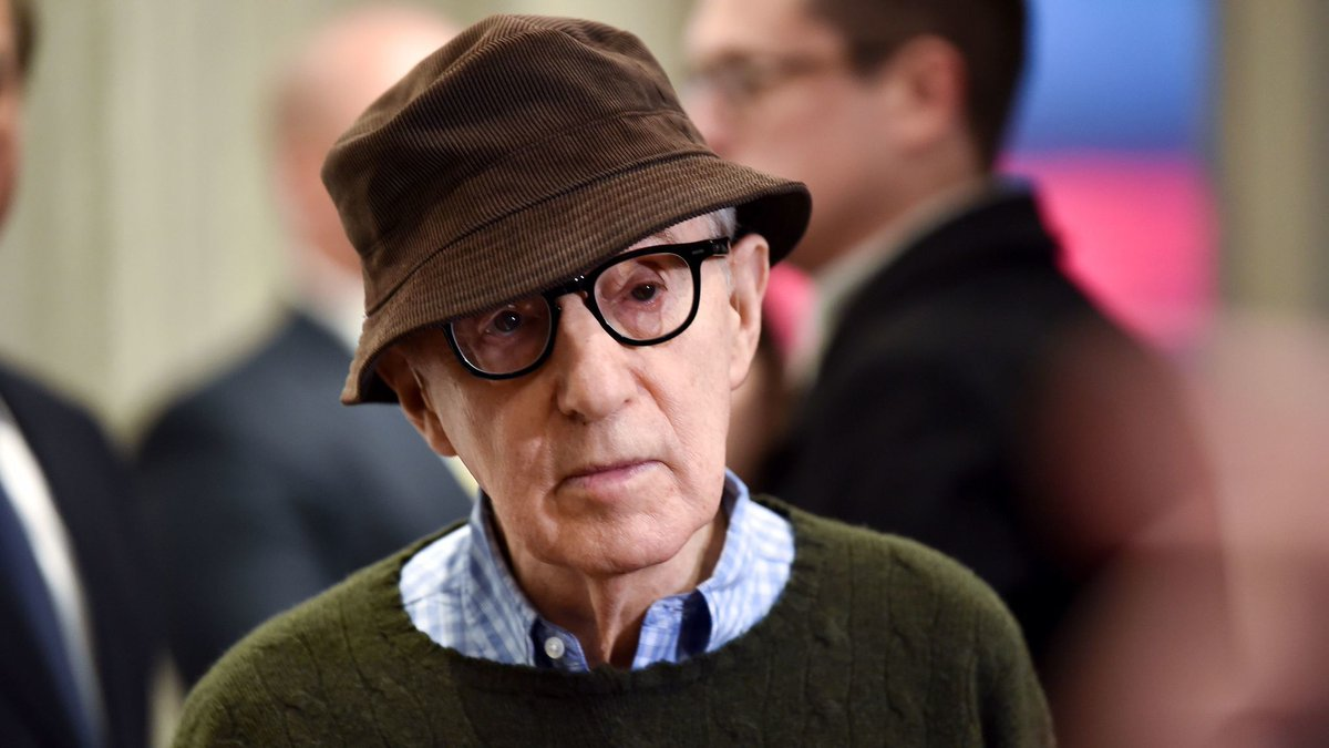 Dylan Farrow: Why has the #MeToo revolution spared Woody Allen? https://t.co/nlnYtndSrY