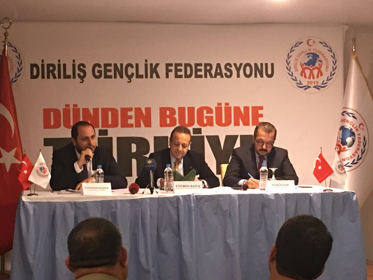 RT @EBofis: Sn Bakanımız @EgemenBagis 'Dünden Bugüne Türkiye' konferansında #Yozgat'lı vatandaşlarımıza hitap etti. https://t.co/sW37KUIcqR