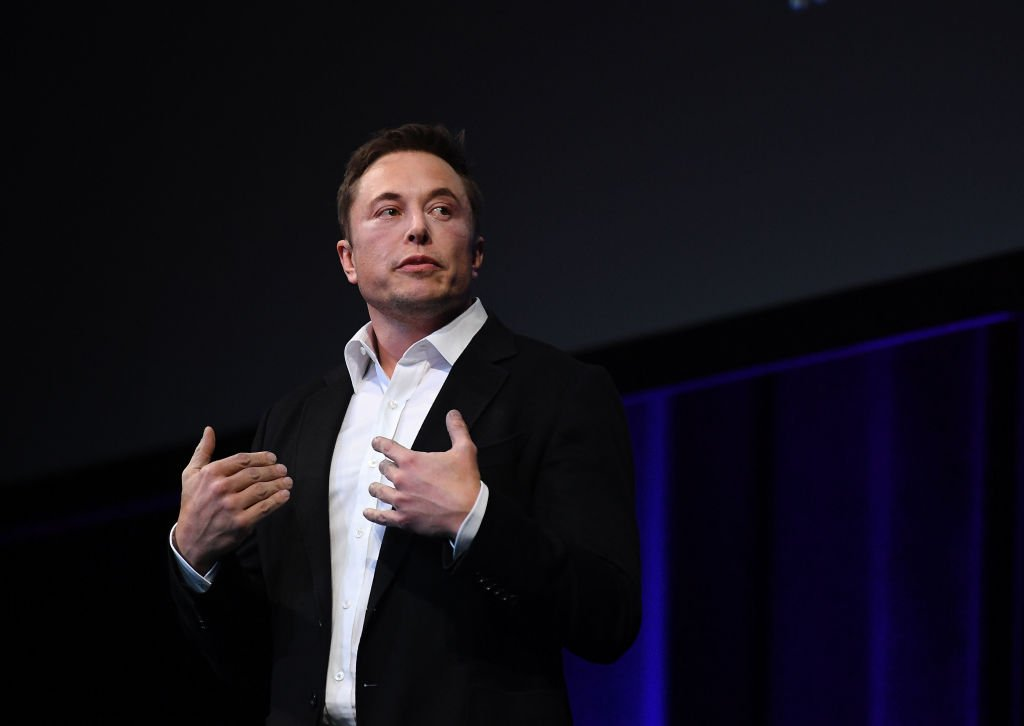 Elon Musk Dares Boeing CEO to Beat Him to Mars https://t.co/JmYWnOpgbZ