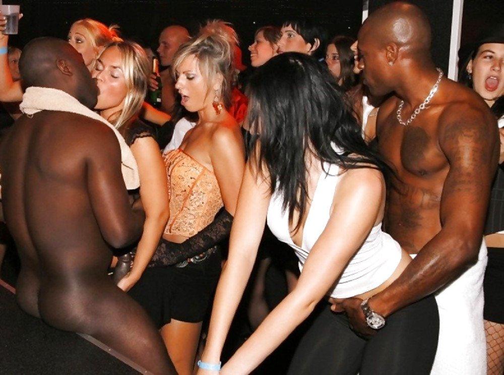 Naked drunk girls with black men