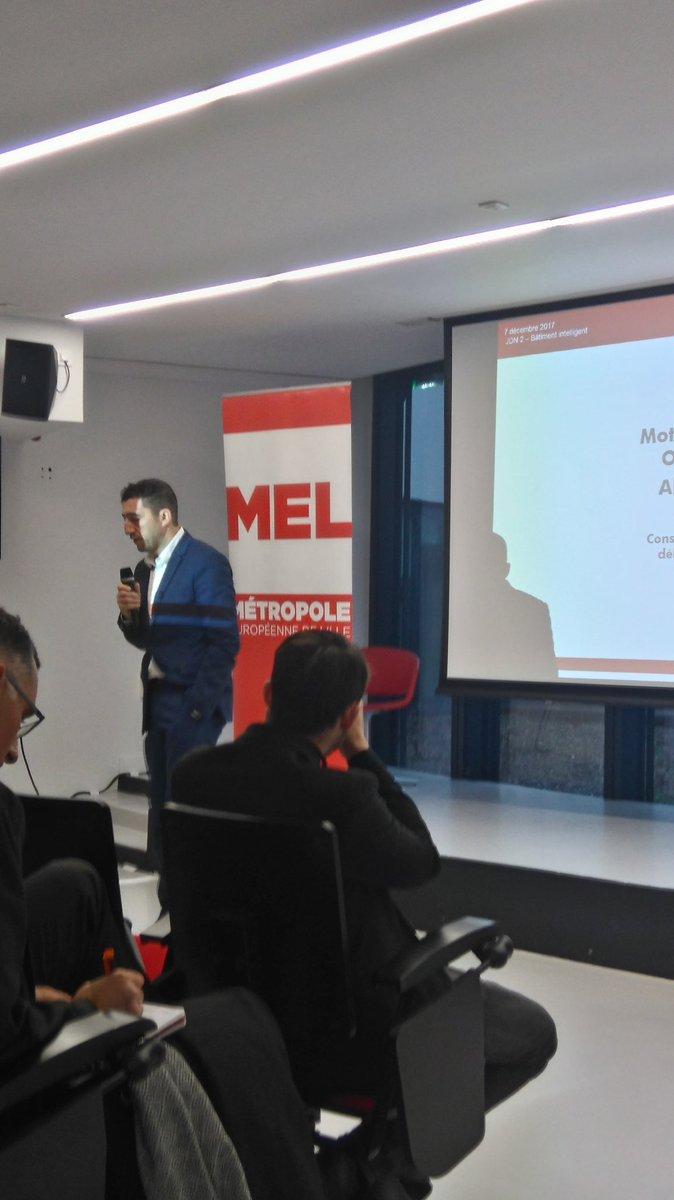 Pitches Jeudi du numérique @OURALAkim  et visites Xperium @LILLIADlci ont clôturé la journée @IoTWeekHDF #SmartCity #smartbuilding #design #données personnelles @MEL_Lille  #InnovHDFpic.twitter.com/z13QwfsOtU