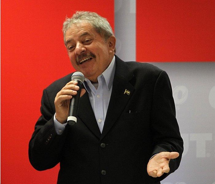 Moro manda desbloquear aposentadoria de Lula https://t.co/8lu0A0RIuE -via @fausto_macedo